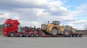 Scania 164G Semi Truck Transports Wheel Loader as Oversize Load